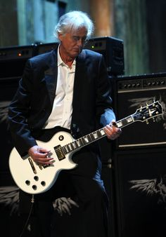 an awesome photo of Jimmy Page
