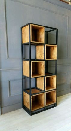 Give Your Rooms Some Spark With These Easy Vintage Industrial Furniture and Design Tips Do you love vintage industrial design and wish that you could turn your home-decorating visions into gorgeous reality? Industrial Furniture, Chic Office Furniture, Furniture Diy, Industrial Bedroom Furniture, Pallet Furniture, Ikea Furniture, Furniture Design, Vintage Industrial Furniture, Metal Furniture