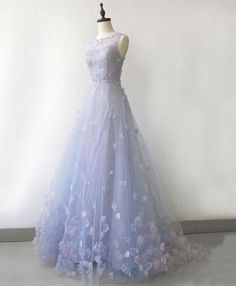 Light blue tulle long prom dress, blue evening dress - Light blue tulle long prom dress, blue evening dress Source by sarahmibier - Pretty Prom Dresses, Blue Evening Dresses, Prom Dresses Blue, Ball Dresses, Cute Dresses, Beautiful Dresses, Ball Gowns, Dress Prom, Light Blue Dresses