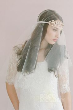 Fashion White Tulle Wedding Veil with Rhinestone SAH056 #cocomelody