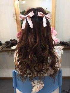 Strawberry Shortcake in 2020 Kawaii Hairstyles, Pretty Hairstyles, Easy Hairstyles, Hair Inspo, Hair Inspiration, Mein Style, Asian Hair, Aesthetic Hair, Hair Looks