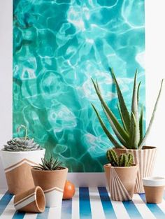 Interior & Garden Design Ideas Beautiful Home Design - Plant Pot - Ideas of Plant Pot - Post is about the pots but I'm in love with this painting/photo of water. Painted Flower Pots, Painted Pots, Painted Pottery, Pottery Art, Potted Plants, Indoor Plants, Water Plants, Plantas Indoor, Fleurs Diy