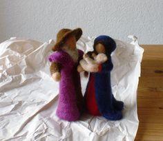 Krippenfiguren Heiligefamilie 17cm von Waschbrett auf Etsy
