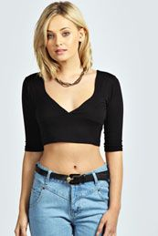 Crop it like its hot with the latest collection of crop tops and cropped t-shirts from boohoo, the perfect day-to-night essential! Cheap Clothes, Clothes For Sale, Clothes For Women, T Shirt Crop Top, Crop Tops, Aaliyah, Deep, Sleeves, Shirts