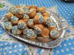 Geboorte traktaties - Soesjes met muisjes en geboorte fudge, leuke en originele traktaties! www.kooklesthuis.com