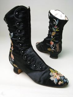 Boots ca. 1880-1890....I'd totally wear these tonight