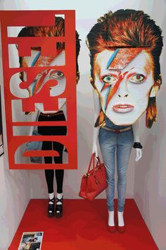 Finalist in the student competition: Joann Nassiou presents DIESEL and David Bowie, pinned by Ton van der Veer Denim Display, Focus Magazine, Shops, Retail Merchandising, Visual Display, Business Design, Rock Music, Competition, Market Stalls