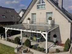 Welche Argumente haben Sie überzeugt? Stromerzeugung; moderne Terrassendachlösung; geschützte Terrassenmöbel; Grillen ist auch bei Regen möglich