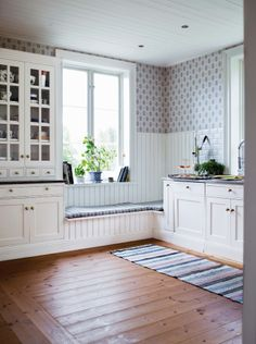 Newly built turn of the century Rustic Kitchen Design, Contemporary Kitchen Design, Home Decor Kitchen, Home Kitchens, Kitchen Storage Bench, Window Seat Kitchen, Commercial Kitchen Design, Kitchen Arrangement, Living Room Tv Unit Designs