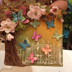Gorgeous mixed media canvas by @canvascorp