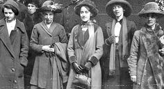 suffragettes | Suffragettes Annie Briggs, Lillian Forrester and Evelyn Manestra, 1913