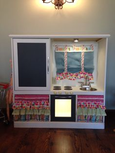 Turn An Old Entertainment Center Into A Childrenu0027s Play Kitchen.