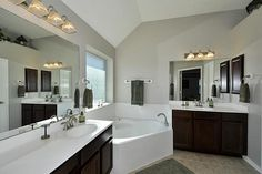 23 Master Bathrooms With Two Vanities - Page 3 of 5 - Home Epiphany