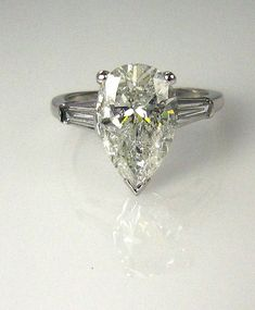 3.68ct Vintage Estate  Classic PEAR Cut Diamond Engagement Ring in PLATINUM with Baguettes,EGL Certified, the perfect ring