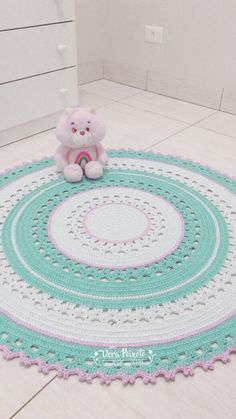 Carpet Runners With Rubber Backing Code: 9570120431 Crochet Mat, Crochet Carpet, Crochet Mandala Pattern, Crochet Round, Crochet Home, Crochet Patterns Amigurumi, Crochet Mandela, Carpet Diy, Knit Rug