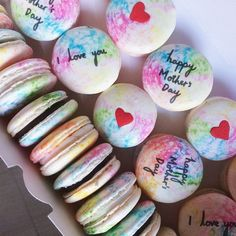 Last week's Mother's Day macarons emoji Updated availability up on bio, left with 3 available days for the month of May!