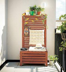 Am nager son balcon avec une table pliante tabouret en for Meuble 80x30