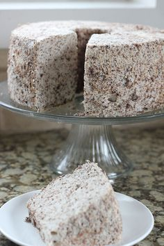 I substituted half the sugar with Splenda to make it even more healthy. Chocolate Angel Food Cake, Angel Food Cake Desserts, Sweets Cake, Sugar Free Desserts, Chocolate Recipes, Easy Desserts, Delicious Desserts, Cupcake Cakes, Cupcakes