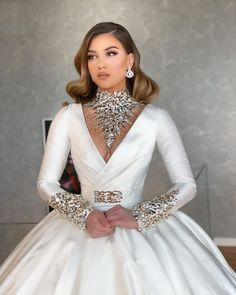 This long sleeve satin wedding dresses cheap with crystals at Suzhoufashion comes in all sizes and colors. Pick up your favorite wedding dresses and share your happiness with everyone. Couture Dresses, Bridal Dresses, Fashion Dresses, Bridesmaid Dresses, Prom Dresses, Dress Vestidos, Fashion Group, Queen Dress, Mode Chic
