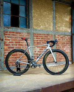 #Canyon | #zipp | #bikeporn | #cycling Via: @torsten_frank  #cyclingsnob