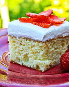 This cake is easy and ridiculously good! My go-to cake when I'm short on time and motivation ;)