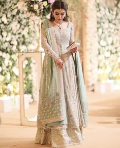 pakistani dresses Thankyou buntokazmi_official for not only creating magic with your timeless craft but also major major appreciation for putting up with Pakistani Wedding Outfits, Pakistani Bridal Dresses, Pakistani Wedding Dresses, Pakistani Dress Design, Bridal Outfits, Pakistani Clothing, Bridal Anarkali Suits, Pakistani Party Wear, Wedding Hijab