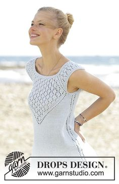 Crashing waves / DROPS - free knitting patterns by DROPS design Top knitted top with raglan sleeves and lace pattern in DROPS Cotton Light. Sizes S - XXXL. Free patterns by DROPS Desig. Knitting Patterns Free, Knit Patterns, Free Knitting, Womens Sleeveless Tops, Drops Design, Summer Knitting, Top Pattern, Free Pattern, Pulls