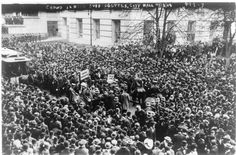 A crowd gathered to hear suffragettes speak, October George Grantham Bain Collection photograph Thing 1, Lower Manhattan, Horse Drawn, Women In History, History Images, Take A Break, Horse Farms, Gloss Matte, Farm Animals