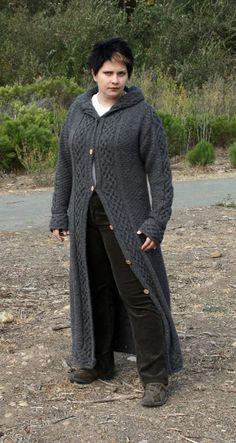 Ravelry: Louhi pattern by Tuulia Salmela Long Sweater Coat, Long Sweaters, Cable Knit Sweaters, Coat Patterns, Knitting Patterns, Knitting Ideas, Knitted Coat, Pretty Patterns, Knit Or Crochet
