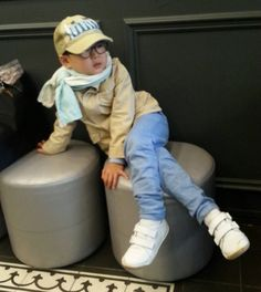 Daehan why are you sitting like that? Song Il Gook, Triplet Babies, Korean Tv Shows, Man Se, Song Triplets, Song Daehan, Miss You Guys, Cute Faces, Baby Faces