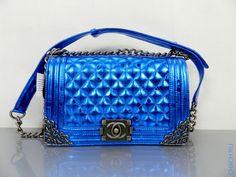 Сумка Chanel Boy Flap Bag из натуральной кожи серебристо-синего оттенка