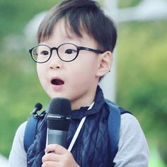 Daehan Song Il Gook, Superman Kids, Korean Tv Shows, Song Triplets, Song Daehan, Korean Babies, Asian Kids, Dream Baby, Cute Songs