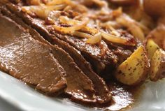 Nothing compares to rich brisket. This brisket and wine sauce recipe from JOY of KOSHER couldn't be easier to prepare and is a guaranteed crowd-pleaser. Kosher Recipes, Meat Recipes, Cooking Recipes, Kosher Food, Passover Recipes, Jewish Recipes, Passover Meal, Hanukkah Recipes, Chicken