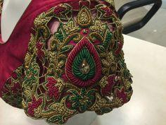 Cut Work Blouse, Aari Work Blouse, Bridal Blouse Designs, Saree Blouse Designs, Trendy Sarees, Designer Blouse Patterns, Embroidered Blouse, Bridal Dresses, Kolkata