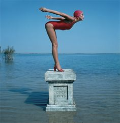 Jerry Hall, Vogue 1975   Photography by Norman Parkinson