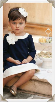Janie and Jack. Timeless children's clothing with fine fabrics and hand-sewn details. Little Girl Fashion, Little Girl Dresses, Fashion Kids, Little Girls, Baby Kind, My Baby Girl, Girl Haircuts, Girl Hairstyles, Quick Hairstyles