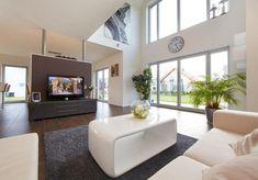 Kiefernallee Variante 1 von Gussek Haus Wohnzimmer