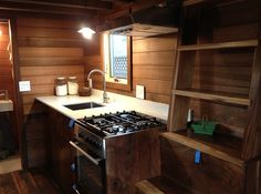 t includes a fully equipped kitchen, washer/dryer combo, lots of creative storage space and a full bath with a shower & composting toilet. T...