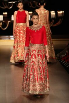 indian wedding clothes manish malhotra 2014, indian red lehenga