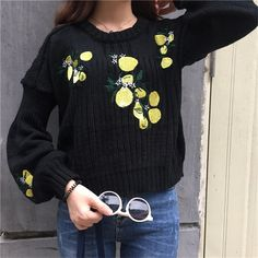 2017 spring and winter women flower embroidery short design loose long-sleeve sweater pullover sweaters top black and white