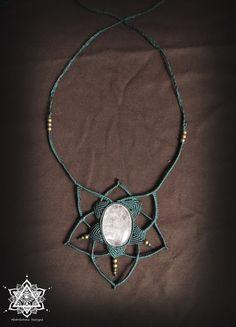 Quartz macrame necklace. Mandala jewelry, sacred geometry necklace, fantasy, goddess, Game of thrones. Micro-macrame.