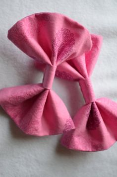 Pink printed Fabric Hair Bow by TheSweetBeanBoutique on Etsy, $6.00