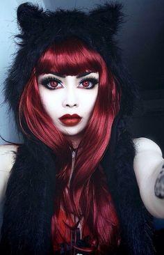 Hair dark red gothic beauty ideas for 2019 Makeup Gothic, Goth Makeup, Hair Makeup, Red Makeup, Dark Red Hair, Red Hair Color, Brown Hair Colors, Goth Beauty, Dark Beauty