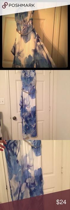 Stunning Calvin Klein maxi chiffon dress Calvin Klein white and blue maxi dress half lined with silver belt Calvin Klein Dresses Maxi