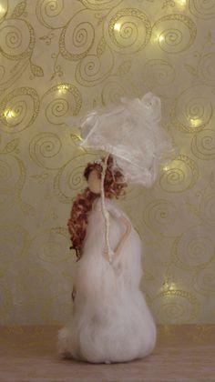 Muñeca fieltro arte hadas con paraguas que Waldorf inspirado