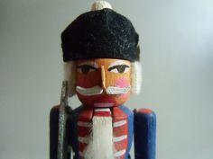 Miniatur Nussknacker ★ Soldat ★ Erzgebirge ★ von susduett  auf DaWanda.com