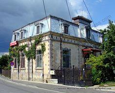 Fin de Siècle house in Targoviste, southern Romania
