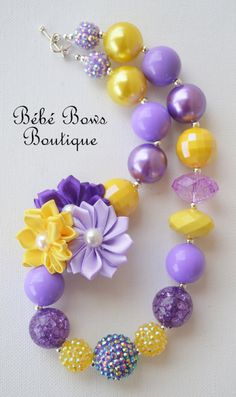 Rapunzel Inspired Floral Chunky Necklace by BebeBowsBoutiqueBBB, $17.00 Chunky Bead Necklaces, Chunky Jewelry, Chunky Beads, Beaded Jewelry, Handmade Jewelry, Baby Necklace, Kids Necklace, Necklace Ideas, Girls Necklaces