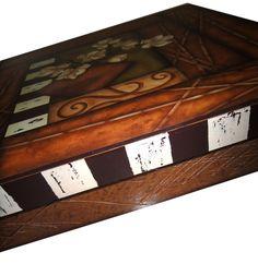 caixa by livia fiorelli