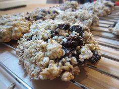 Gunns momsemat: Kjeks med havregryn og rosin Krispie Treats, Rice Krispies, Desserts, Food, Meal, Hoods, Dessert, Rice Krispie Treats, Rice Cereal